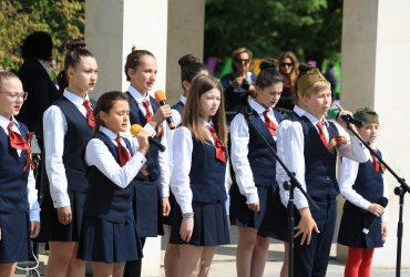 В Варне День Победы отметили шествием «Бессмертный полк»