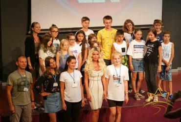 Популярная Звезда российской эстрады открыла Фестивальную смену «Звёзды в Камчии»!