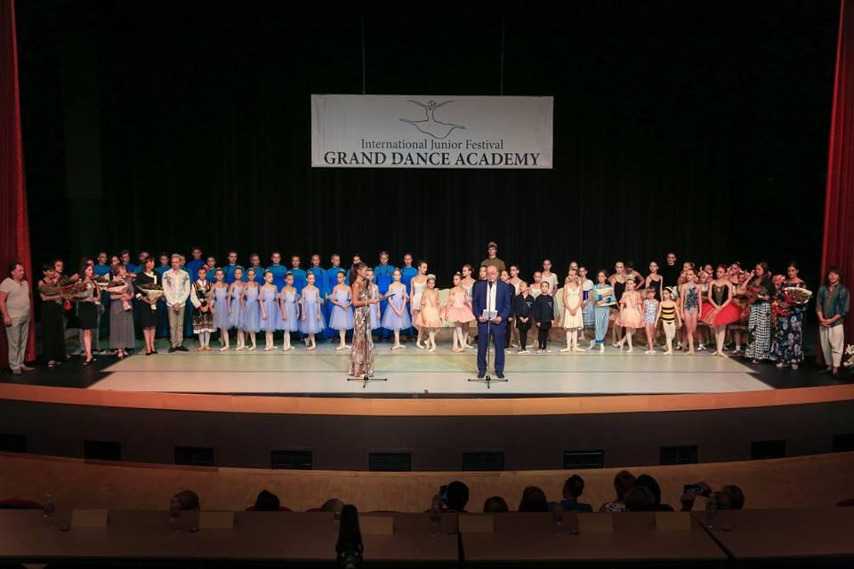 Дети из 10 стран приехали на самый большой Фестиваль танцевального искусства «Grand dance academy» в комплекс «Камчия»